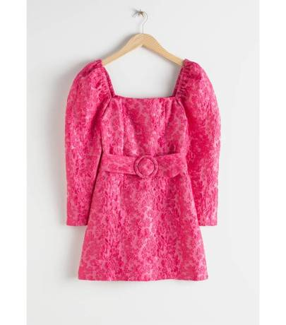 https://www.stories.com/en_gbp/clothing/dresses/mini-dresses/product.belted-puff-sleeve-jacquard-mini-dress-pink.0815013001.html?utm_source=Who%20What%20Wear%20UK&utm_medium=affiliate&utm_campaign=1&utm_content=10&utm_term=678238&ranMID=41994&ranEAID=2P555SNI1Kc&ranSiteID=2P555SNI1Kc-mu_24X_BrA9D5c9tTsLgzA
