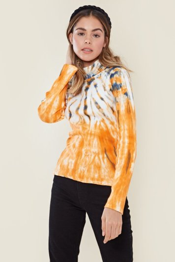 https://www.neonrosestore.com/products/high-neck-tie-dye-top-multi?_pos=3&_sid=5a83b4be9&_ss=r